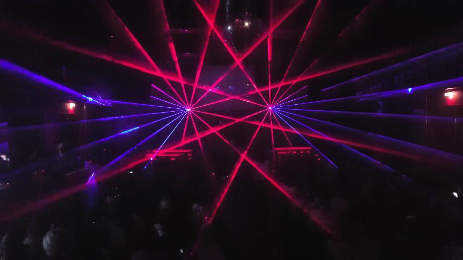 4 Laser